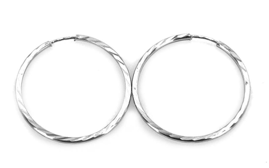 Náušnice kruhy 2,5 cm gravírované IZ4343