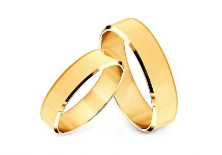 7fc5bf74b8c0 Zlaté snubní prstýnky s fázovaným profilem