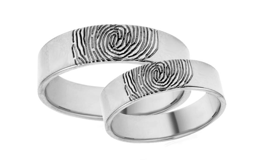 Snubní prstýnky bílé s otiskem prstu šířka 5 mm IZOB623A