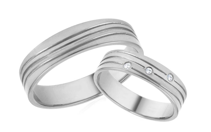 Snubní prstýnky bílé se zirkony šířka 5 mm IZOB645A