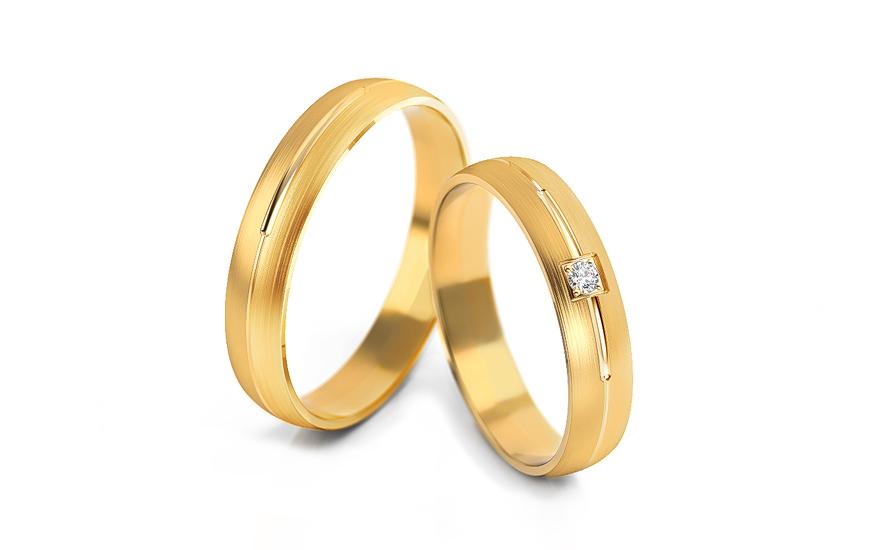 Snubní prstýnky s kamínkem šířka 4 mm STOB236Y