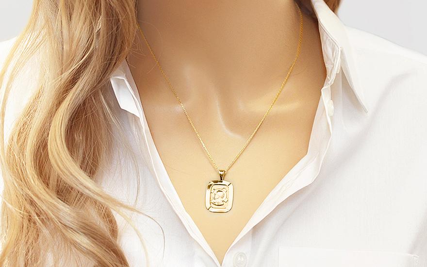 Zlatá destička s Ježíšem IZ8492