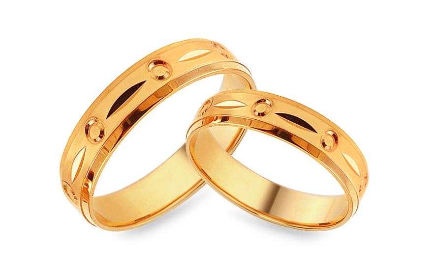 Zlaté zásnubní prsteny s gravírováním, šířka 5 mm IZOB476