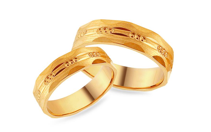 Zlaté zásnubní prsteny s gravírováním, šířka 5 mm IZOB479