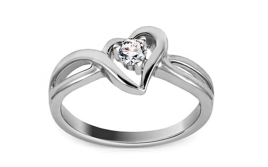 Zlatý diamantový zásnubní prsten se srdcem Jaclyn white 3408bba936f