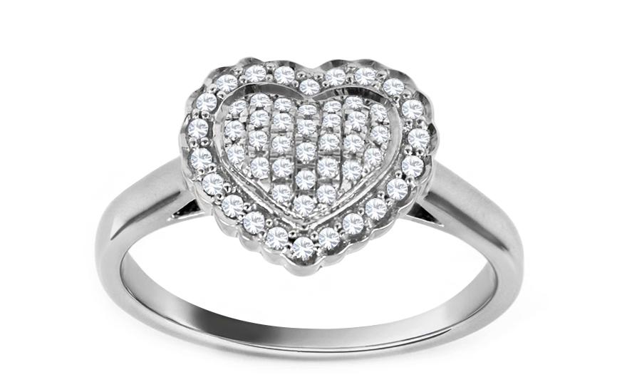 Zlatý diamantový zásnubní prsten se srdcem Tyliana CSBRI004A