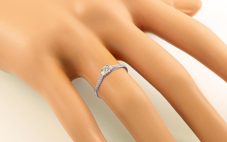 Zlatý zásnubní prsten s brilianty Fannie 1 IZBR037A