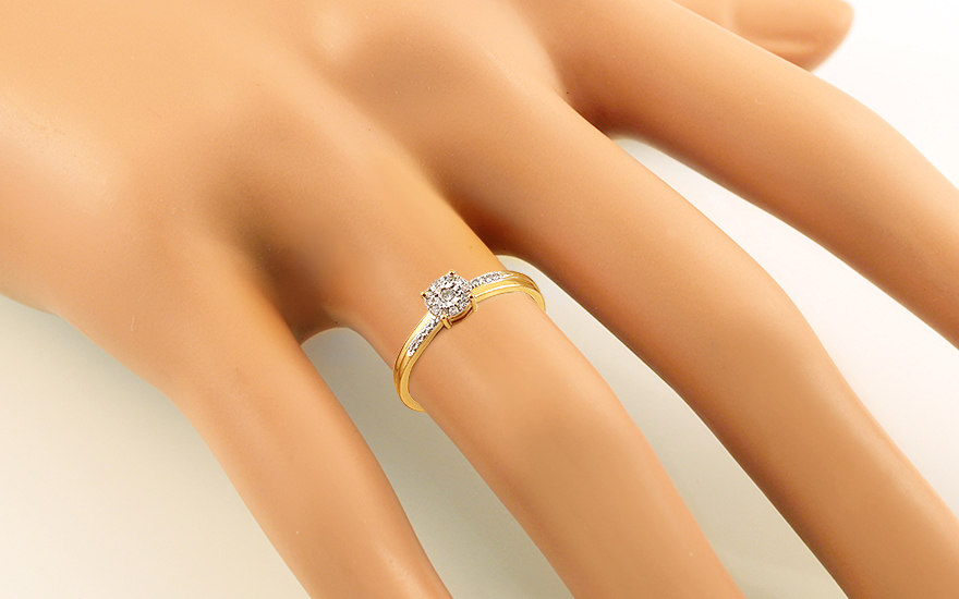 Zlatý zásnubní prsten s diamanty Loralei IZBR043